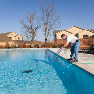 Milwaukee swimming pool maintenance services
